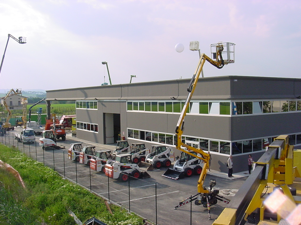 noleggio macchinari edili italia macchine